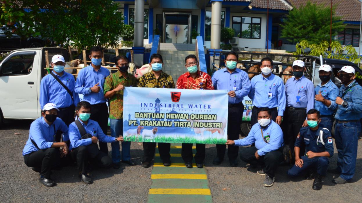 Ditengah Pandemi Covid-19, PT KTI Berbagi Hewan Qurban 1441 H